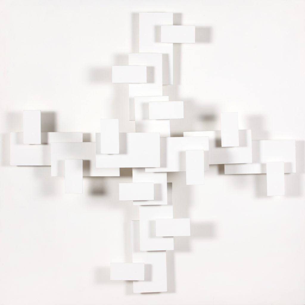 JOOST BALJEU Wandreliëf W6 olieverf op hout 90 x 90 cm. gesigneerd en gedateerd 1970 verso